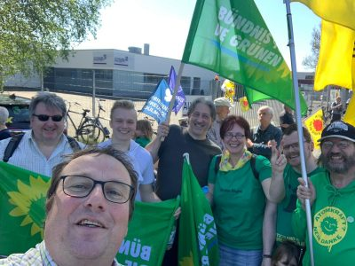 """""""Kein atomares Aufrüsten"""" forderten Demonstranten beim Ostermarsch 2019"""