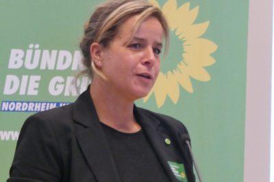 Mona unterstüzt die Volksinitiativve Artenvvvielfalt NRW